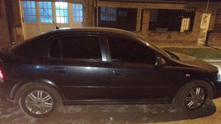 Secuestraron un auto de una banda de boqueteros