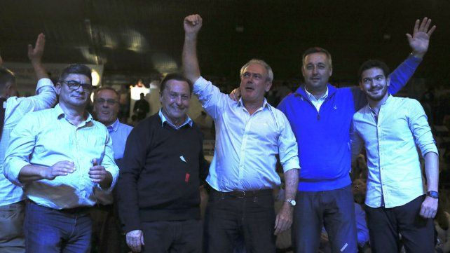 Varisco, con Benedetti, cerró la campaña denunciando que el PJ va a despedir a 2.000 contratados