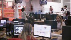En el Día del Periodista colegas del programa Arriba Entre Ríos de canal 9 visitaron la redacción para conocer la nueva plataforma digital de UNO.