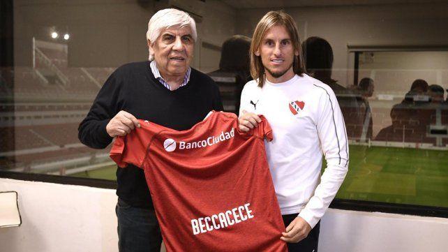 Beccacece fue presentado en Independiente