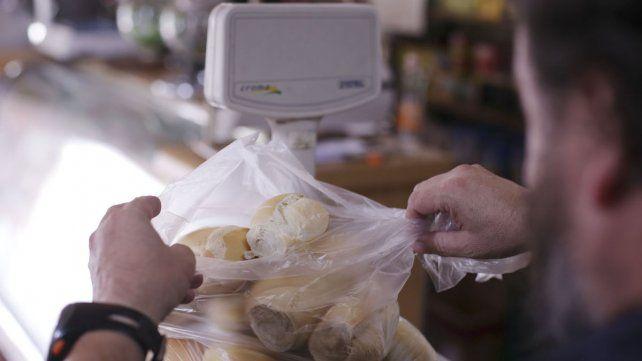 La harina subió un 12% y la próxima semana se trasladaría al pan