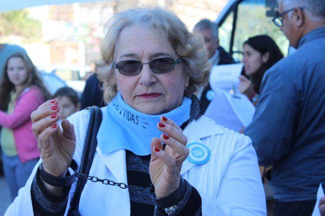Médicos y un chaquetazo para salvar las dos vidas