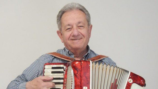 A los 77 años falleció el maestro acordeonista Osvaldo Chiappesoni