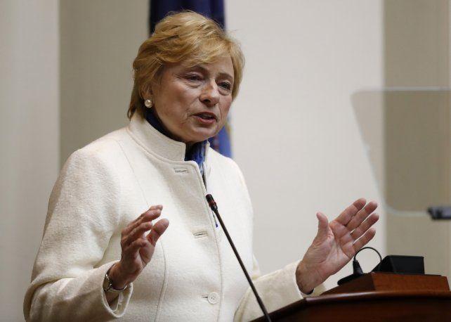 La gobernadora demócrata Janet Mills