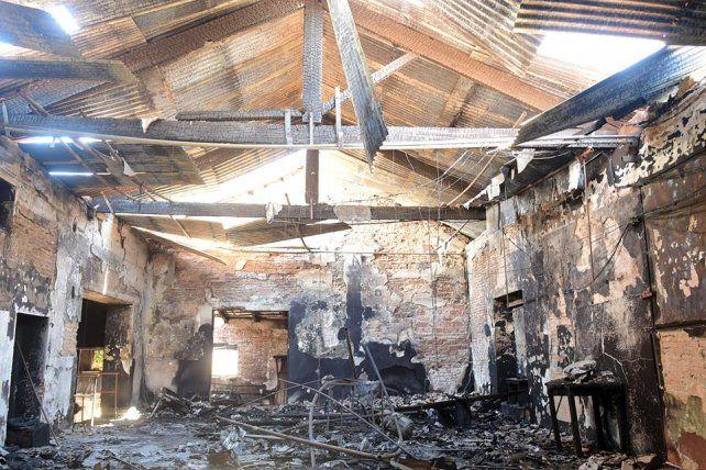 Después del incendio, Concepción reconstruye su Casa de la Cultura