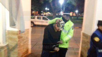 Preso. El prófugo quedó detenido en la Jefatura de La Paz.