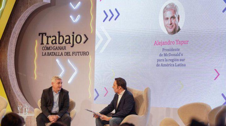 Alejandro Yapur entrevistado por el periodistaJoséDel Rio.