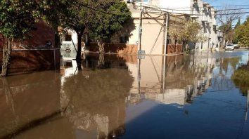 mandan ayuda a los evacuados de gualeguaychu