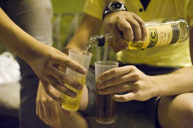 El alcohol es la sustancia que más se consume entre los sectores jóvenes