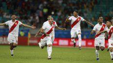 El festejo de los peruano tras el quinto penal.