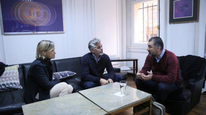 Negocian para exportar productos primarios con valor agregado al mercado chileno
