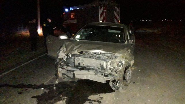 Mujer murió en un despiste al ser despedida del auto