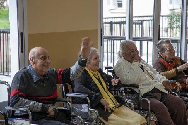 Los derechos de adultos mayores en la agenda sanitaria de la provincia