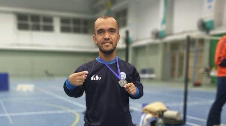 Ángel Ielpo campeón nacional de parabádminton