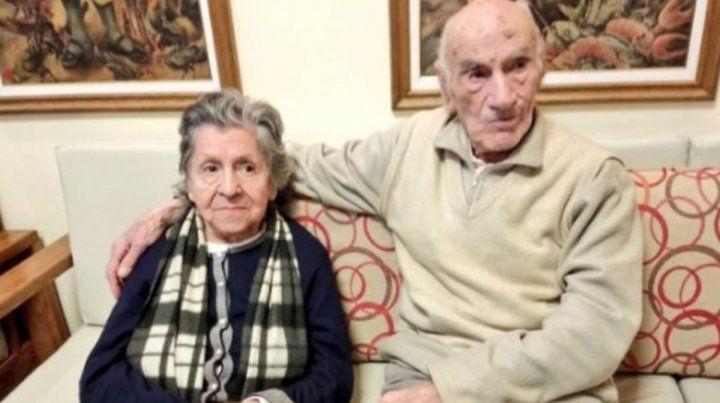 Ancianos abandonados en un bar encontraron nuevo hogar