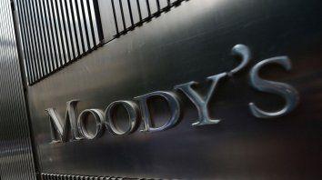 Moodys prevé mayor desempleo y menor consumo para 2020