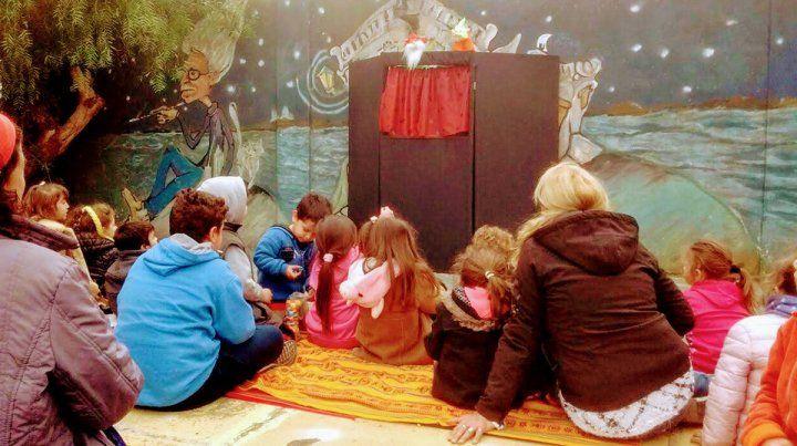 Opciones. Los más chicos podrán incentivar su creatividad con talleres de títeres e historietas