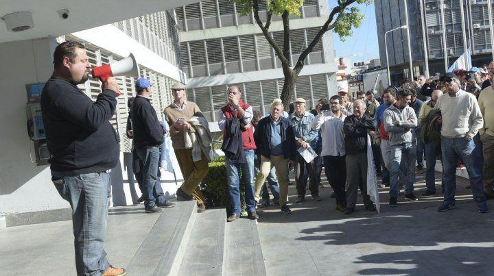 El 23 de mayo los productores llegaron hasta la puerta de Tribunales frente a la Casa de Gobierno.