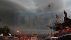 alerta por tormentas fuertes y granizo para cinco departamentos entrerrianos