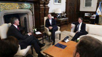 mas deuda: se firma hoy un nuevo cheque para argentina