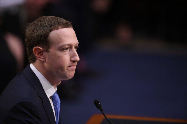 La empresa de Mark Zuckerbergalertó que estaba preparada para recibir una multa de entre 3.000 y 5.000 millones.