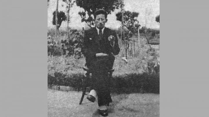 Cosas dichas y que se dicen sobre Ponciano Jacinto Zaragoza, poeta y boxeador.