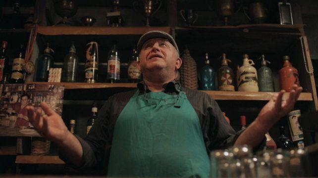 Historia. Un cambio de rumbo que deviene en una curiosa experiencia social en un bar de campo.