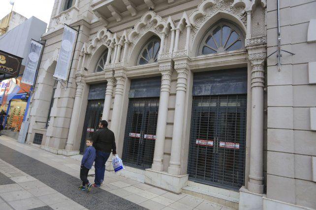 Casi nueve años. El edificio se rehabilitó el 27 de agosto de 2010.