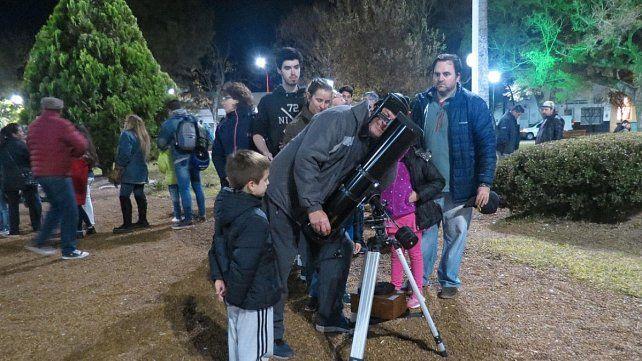 La astronomía adquiere interés, y renace como actividad y hobby