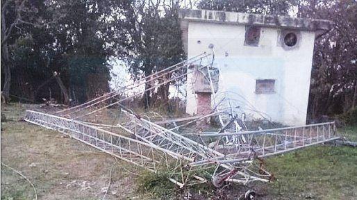 Investigan el atentado a la torre de transmisión de LT39 Radio Victoria