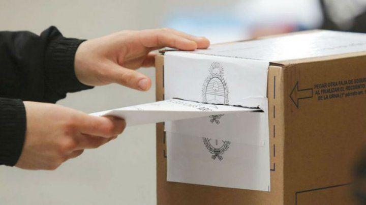 Cómo votarán los 385.000 argentinos que viven en el exterior