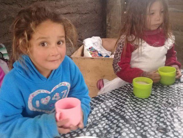 En los barrios proliferan los merenderos para que los más chicos no pasen hambre