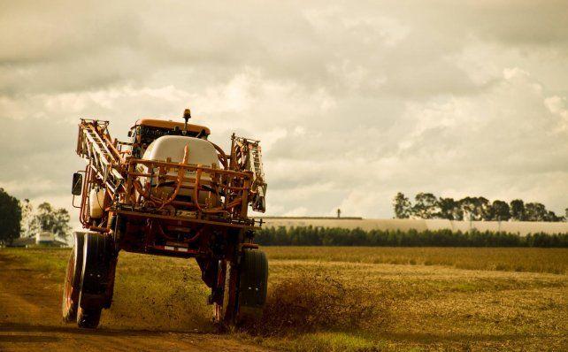 Brasil acelera la aprobación de nuevos pesticidas, prohibidos en Europa