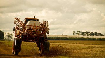 brasil acelera la aprobacion de nuevos pesticidas, prohibidos en europa