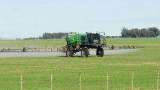 se firmo el decreto que regula el uso de agroquimicos en cercanias de escuelas rurales
