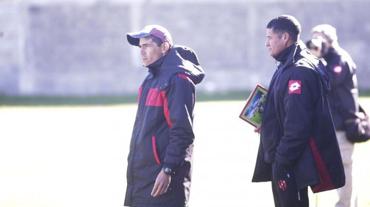 El entrenador de la reserva Gabriel Graciani.