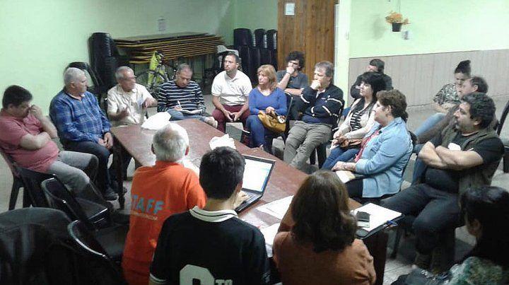 Se reúne la Asamblea Vecinalista por el aumento del boleto de colectivo