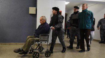 Con custodia. Los curas acusados, Nicola Corradi y Horacio Corbacho.