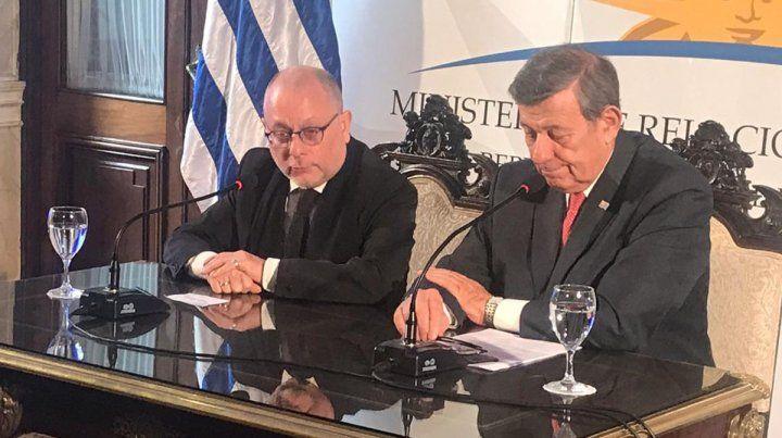 Reunión. Abordaron la agenda de temas de las comisiones binacionales del Río de la Plata y Uruguay.