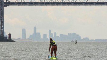juliette duhaime gano en damas elite la carrera sea paddle nyc 2019