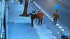 un policia de caba mato a un hombre de una patada en el pecho