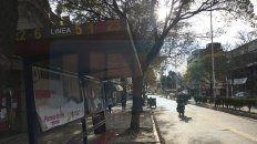 Histórica. La falta de servicio de colectivos urbanos en Paraná, desde el martes 6 de agosto, tiene un grave impacto social, educativo y económico.