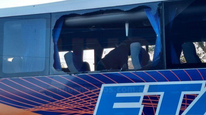Lesiones leves. Una de las pasajeras sufrió algunos pequeños cortes.