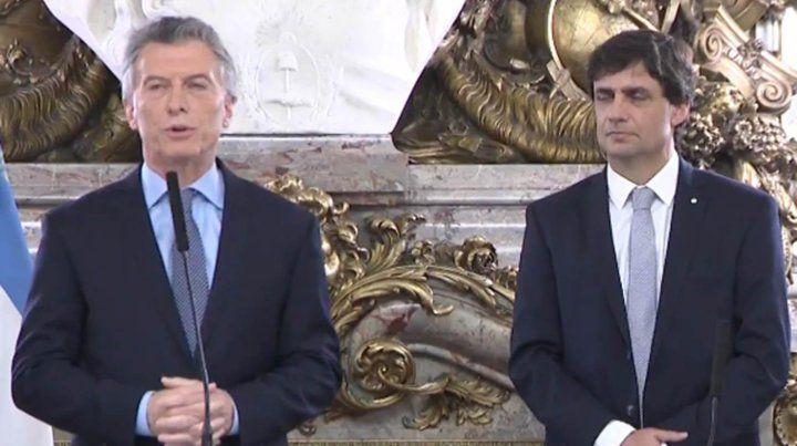 El dólar se va a quedar donde está, prometió Macri tras la asunción de Lacunza