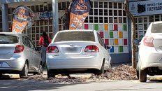 escombros en la calle y el volquete que no pudo...