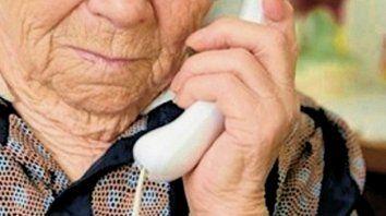 robaron 110.000 pesos a una anciana invocando al ministro lecunza