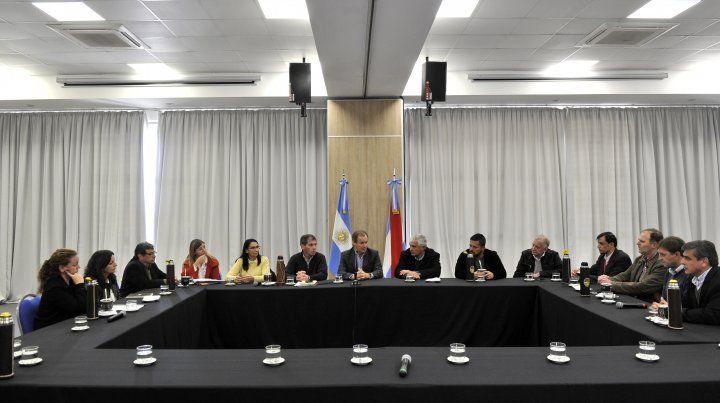 Intendentes vecinalistas se unirán al reclamo provincial por las medidas de la Nación
