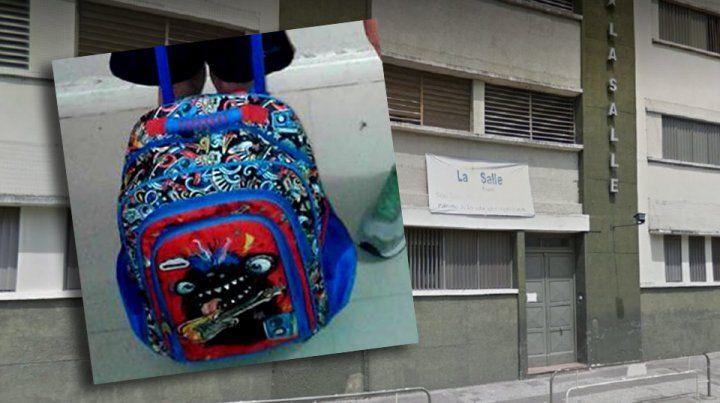 Le robaron la mochila y pide recuperar sus cuadernos