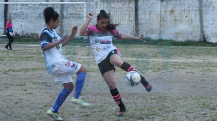 Arenas venció 2 a 0 a Peñarol. Fotos Gentileza Esteban Bonsi/Minuto a Minuto