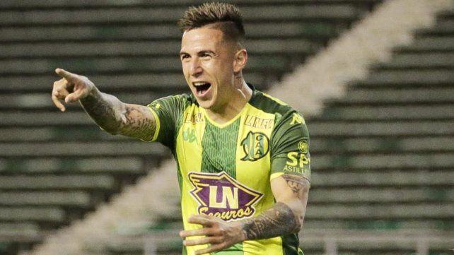 Figura. Nazareno Solís participó en el primer gol y convirtió el segundo.
